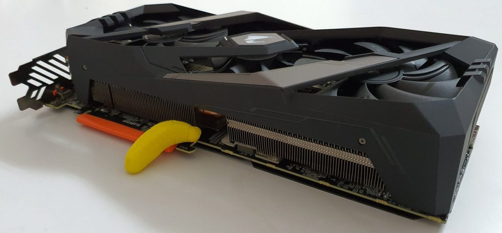 RTX 2080 Super banana for scale