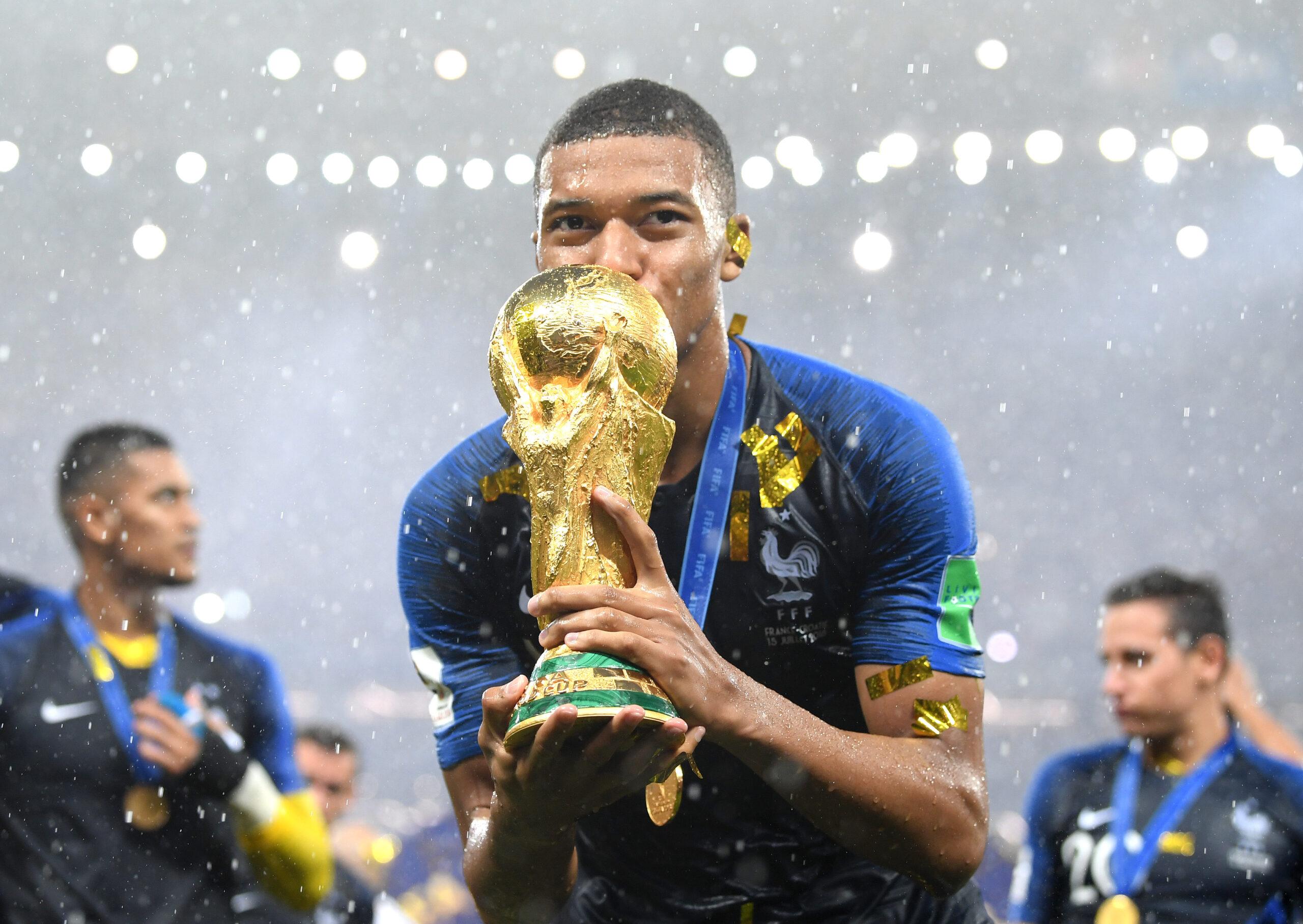שמות גדולים וחוזים חזקים - סוד ההצלחה של FIFA